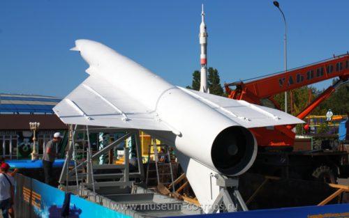 Крылатая ракета Метеорит - новый экспонат музея Космонавтики