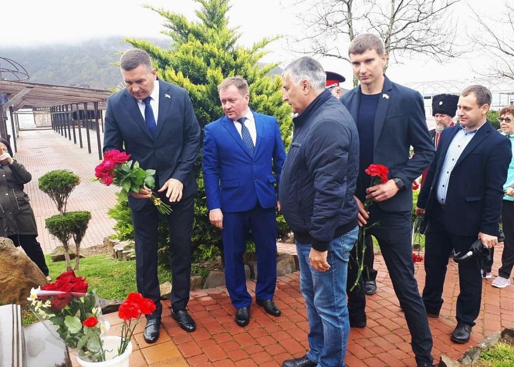 День Космонавтики и авиации отметили гости и жители Архипо-Осиповки